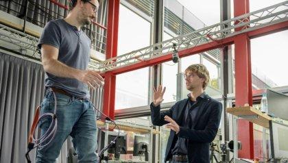 UT improves mobility of paretic patients through wearable robots
